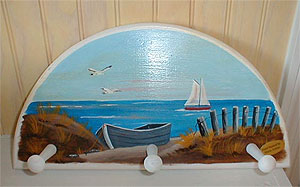 Hand Painted Wall Peg Plaque White